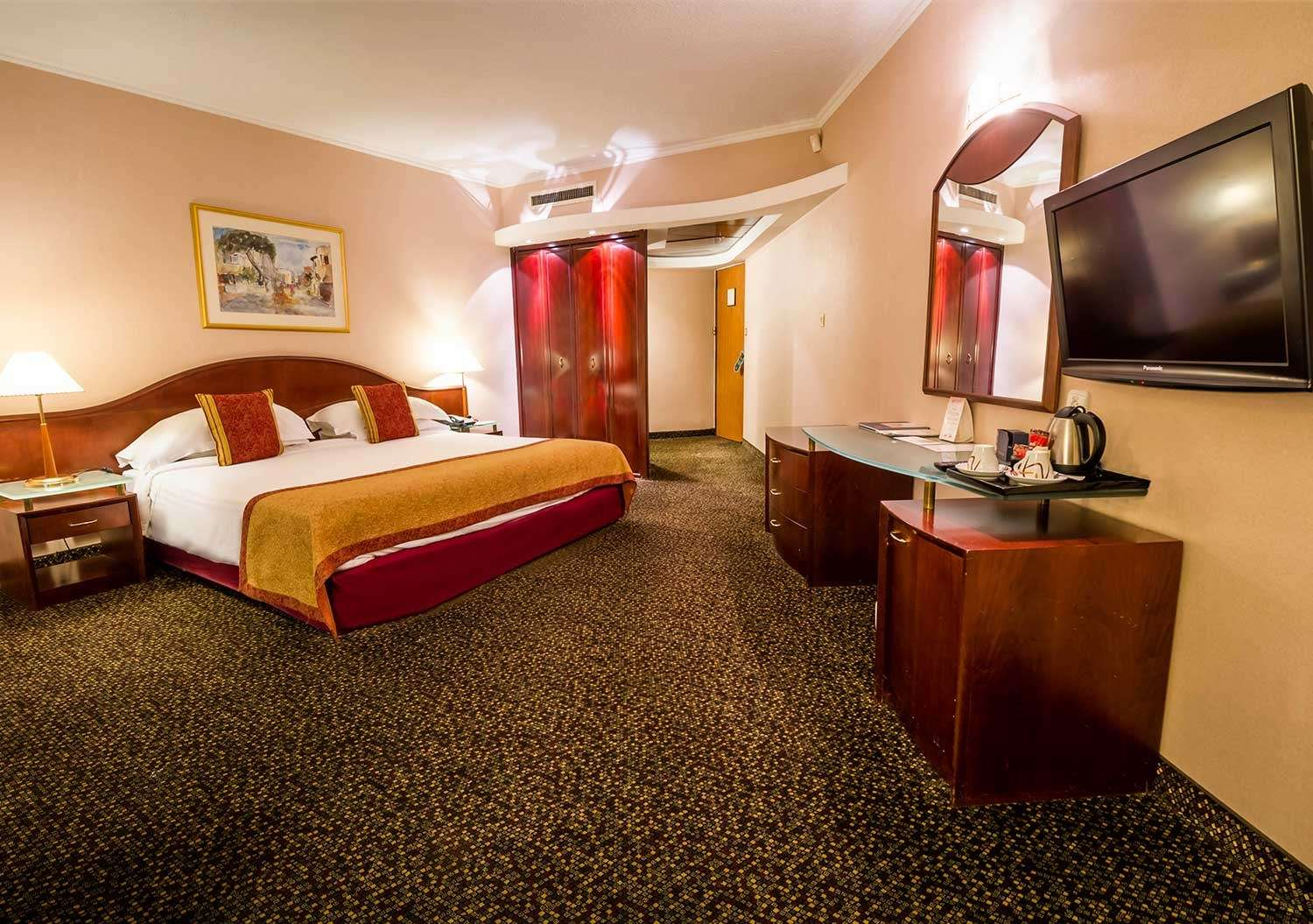 Low Floor Suite